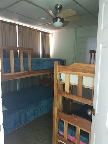 Nanny suite sleeps 3 in twin beds ... no air conditioning