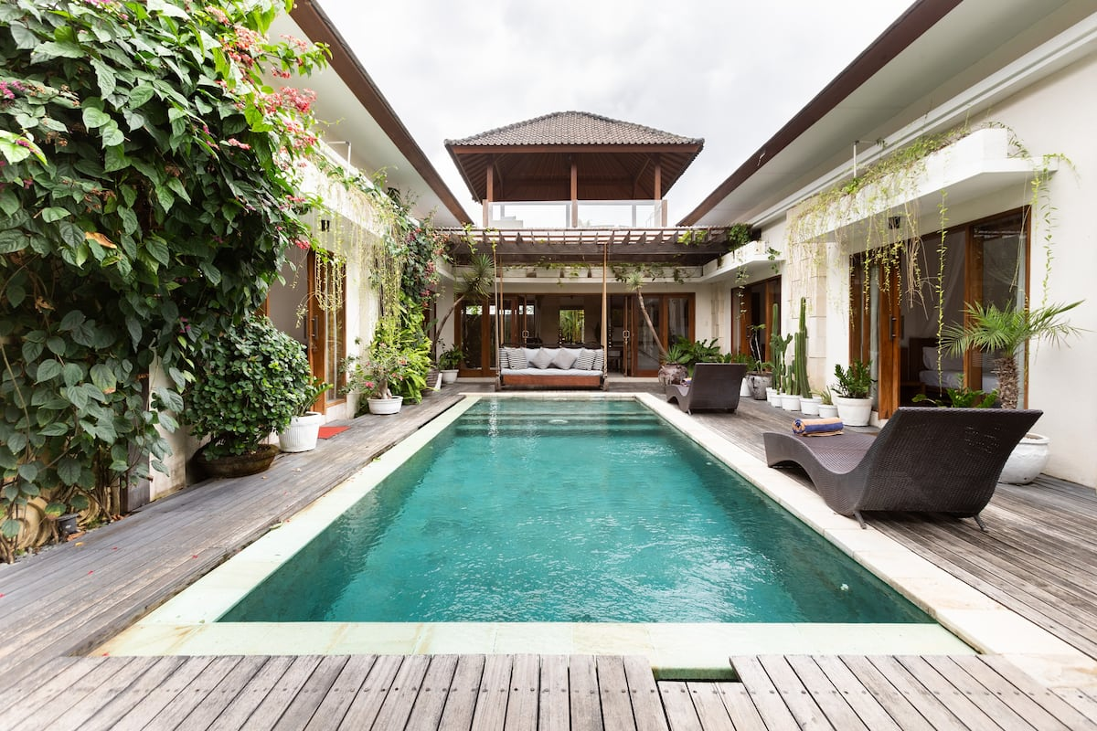 Luxurious and Roomy Canggu Villa Close to All the Action