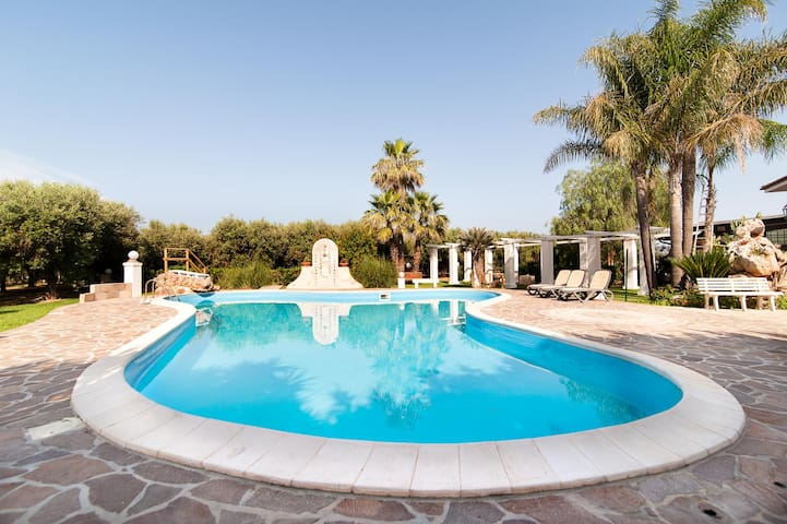 Luxuries Private Villa and Pool - Melissano - Villa
