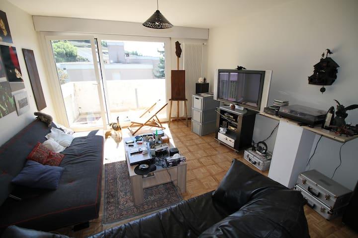 chambre simple mais efficace - Pont-de-la-Morge (Sion)
