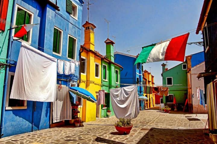 Burano: the gem of Italy!