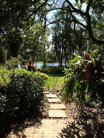 Tropical Paradise on Lake Hanna - Lutz - Casa