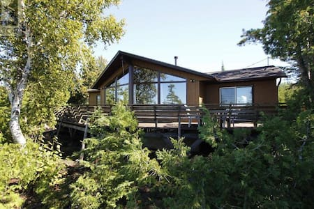 Cottage with Beautiful Lake view - Tobermory - Kulübe