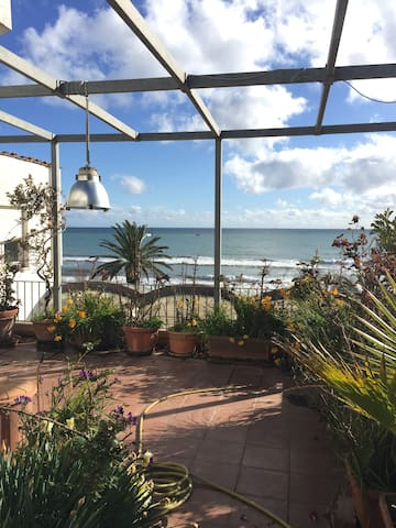 Apartment in a villa by the sea - Terracina - Appartement