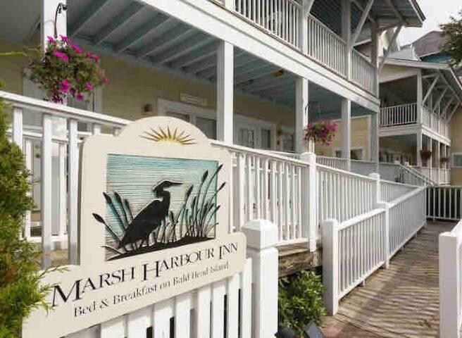 Harbour View Room at The Marsh Harbour Inn