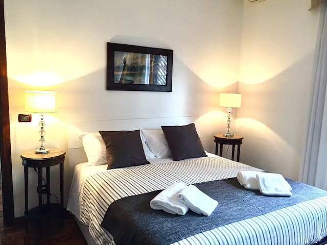Cozy apartment with easy access to the center! - Roma - Apartment