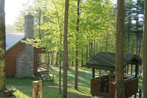 Hillside Cottage @ The Mettawee Retreat