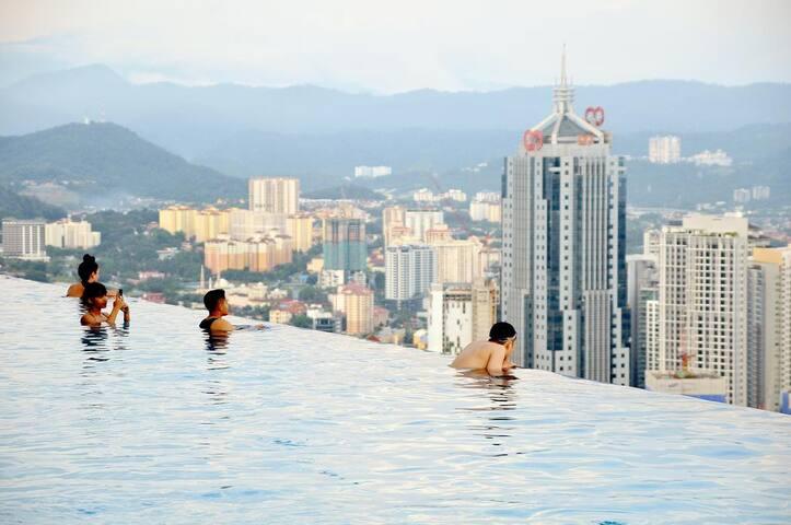 Sky deck Pool