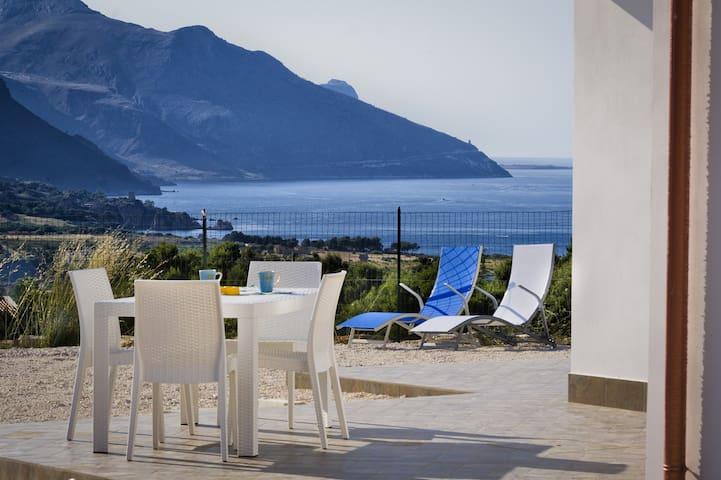 Villa Gloria Scopello (Private pool and freeWi-Fi)
