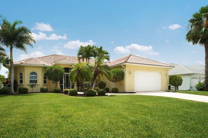 Wischis Florida Vacation Home - Bella Mar