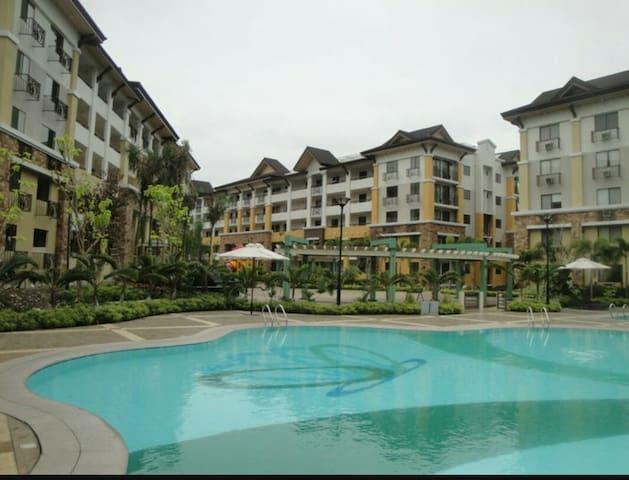 Villa Amor at One Oasis Condo 2B w/ wifi Cebu City