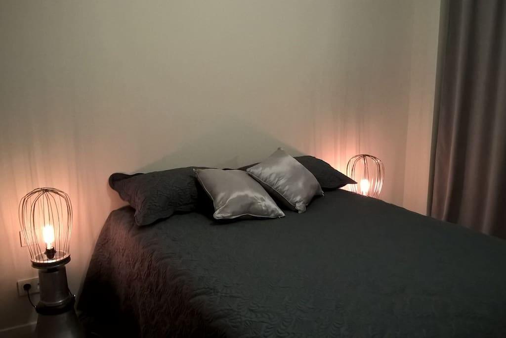 Bedroom, elegantly decorated