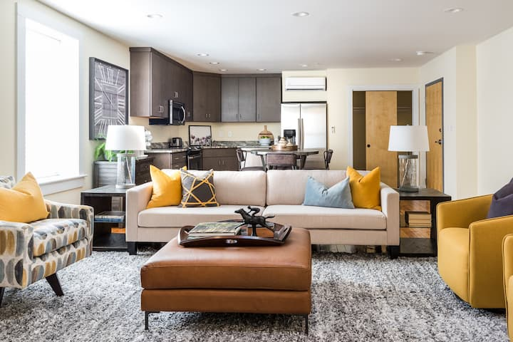The Anich: Luxe Apartment In Downtown RVA