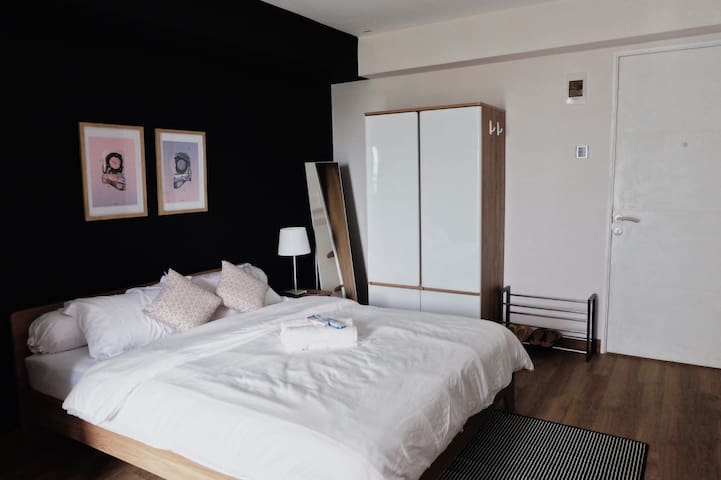 Double size bed with wardrobe