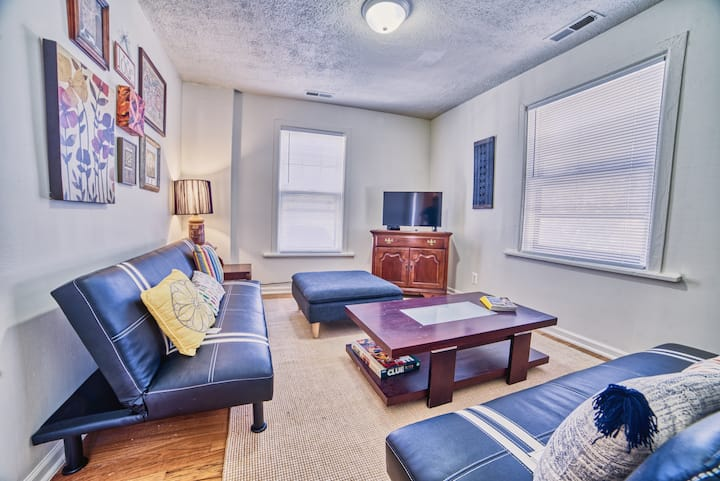 Nicely Appointed Small 1BR by NU &DowntownEvanston