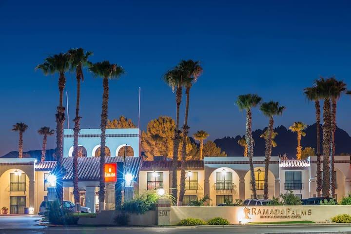 Ramada Palms Hotel King Suite