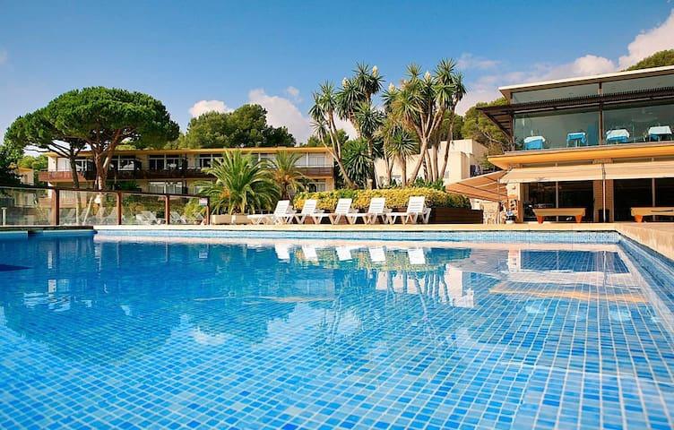 Comfy Apartment in the Heart of Costa Brava - Sea View!