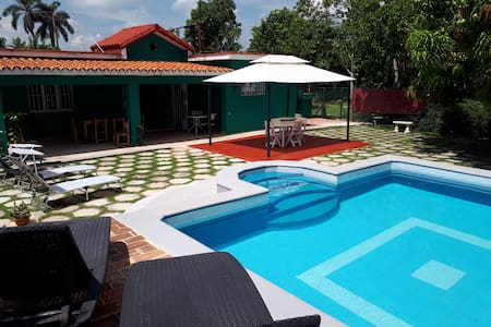 Casa Verde, Modern, with pool, in Havana Beach!