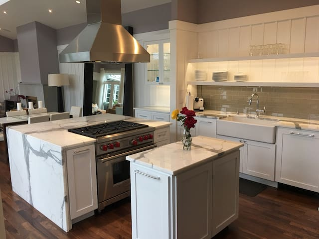 Professional Kitchen recently renovated w/ Wolf Range & Subzero Refrigerator