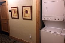 Shared washer/dryer in entry.