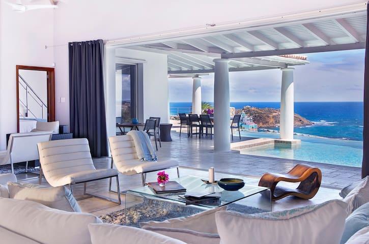 The Blue Door Villa - 4 bedroom, ocean view home