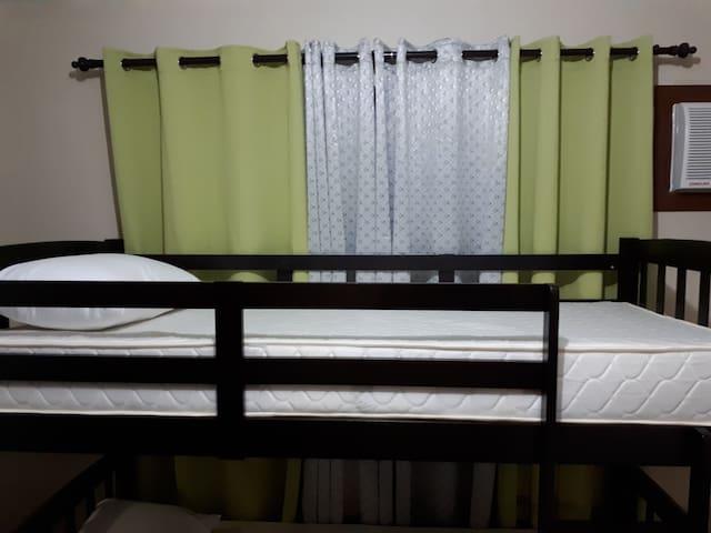 Backpackers Unit (Top Bed, Single Size) 26J n#4 - Manila - Lejlighedskompleks