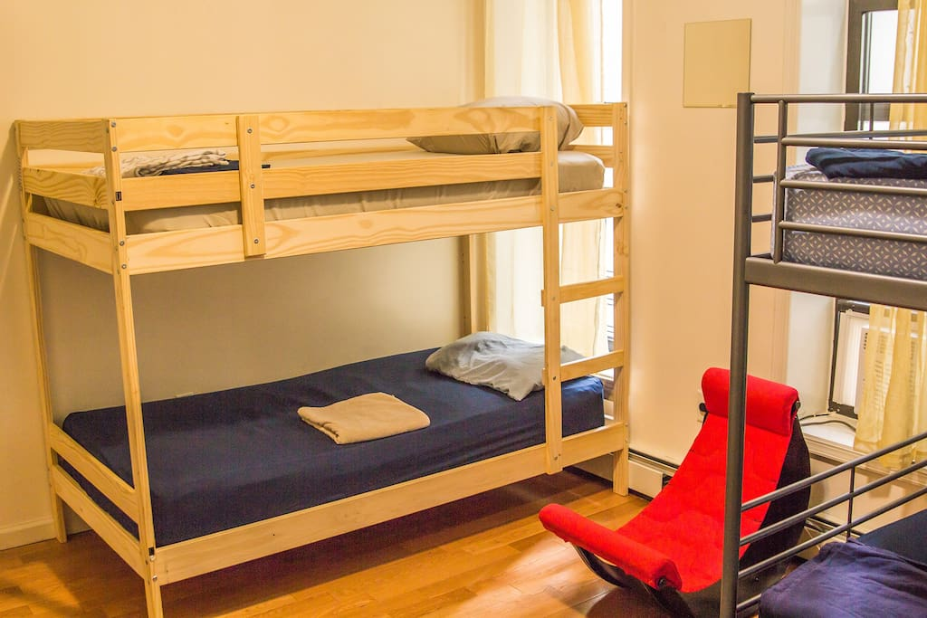 Cozy and beautiful shared room with 3 bunk beds