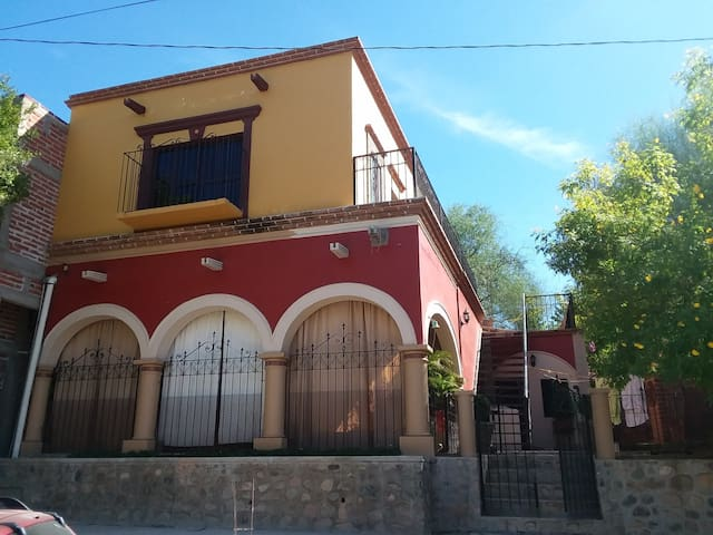 Casa de Huespedes Mati II
