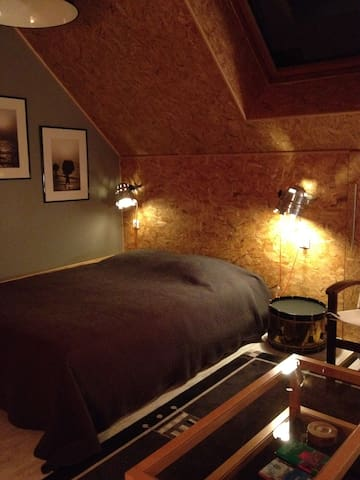 Saverne's attic room - Saverne - Bed & Breakfast