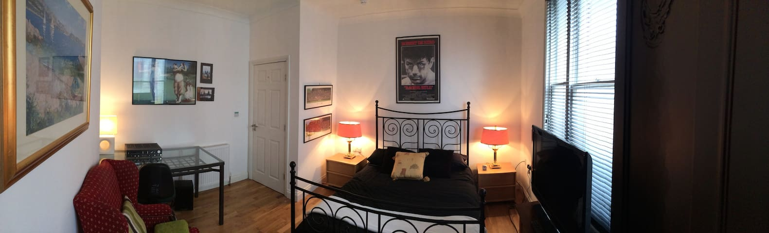 Luxury Room near the Sea in Saint Leonards 001 - Saint Leonards