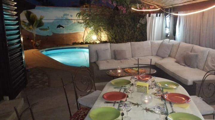 Villa bord de mer, plage, piscines, activités