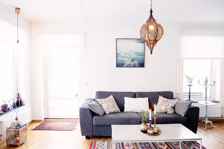 Lovely modern apartment in beautiful surrounding - Sollentuna - Apartment