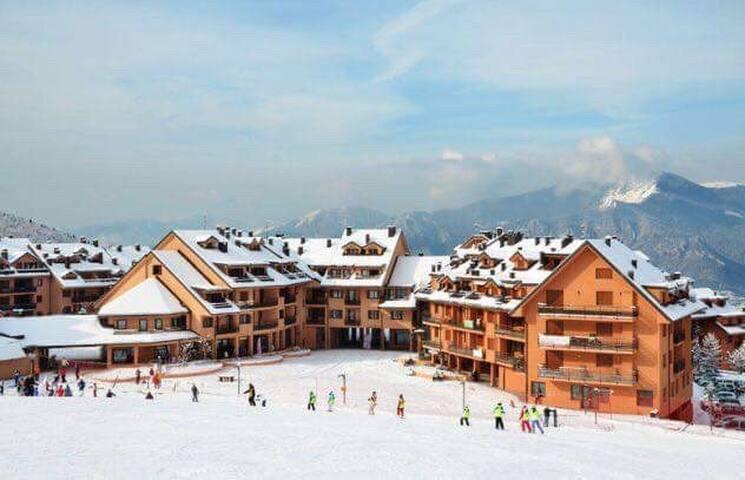 """Baita dello sciatore residence """"La Splaza"""""""