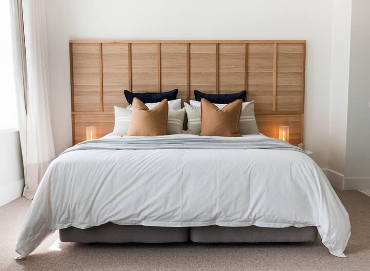 The Oak & Anchor Hotel - Beau Suite