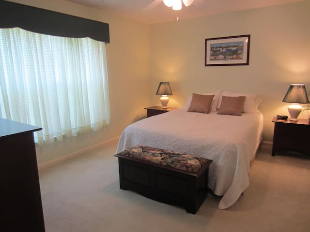 Walking Distance to Navy Stadium - Annapolis - Apto. en complejo residencial