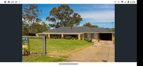 34 Acre Wood Farm Stay Clarendon Entire house