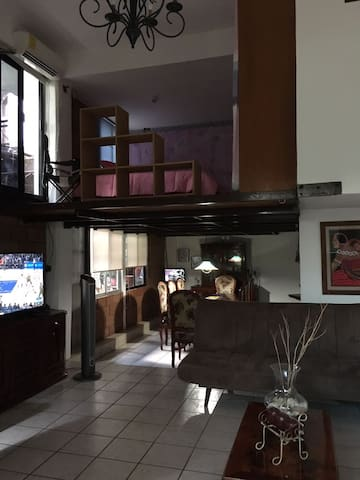 Lovely mezzanine house in downtown, Marimba's park - Tuxtla Gutiérrez - บ้าน