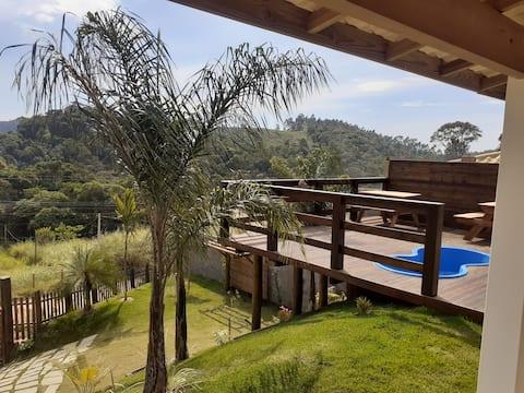 Maison de saison près de la région de Pedra Azul