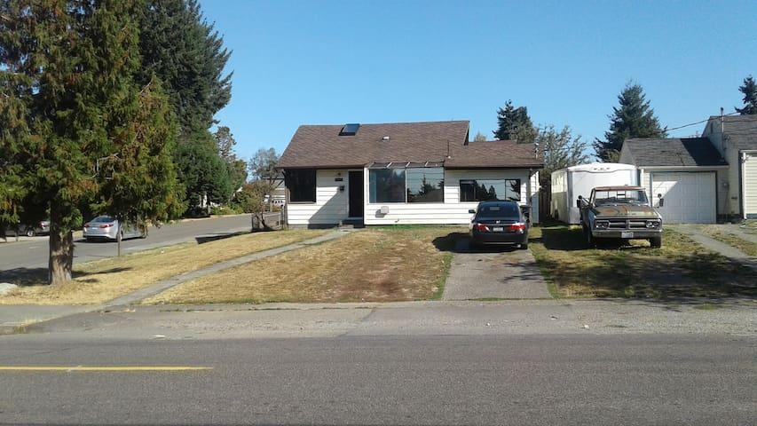 Dewey Bear House