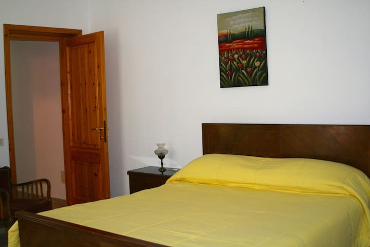 Sardinian appartment full equip - Scano di Montiferro - House