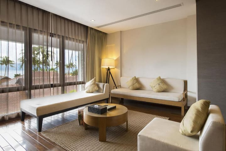 1 Bedroom Suite Sea View - MONTHLY ROOM ONLY