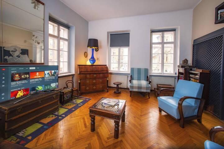 Santico Art Hostel - Quad Room with Shared Bath