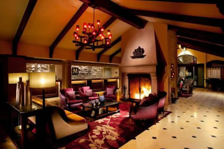 1 BDRM SUITE: Napa Resort+ Free bottle of Wine!