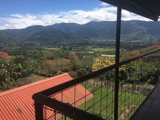Cabaña Ujarrás - Cartago Province - Chatka