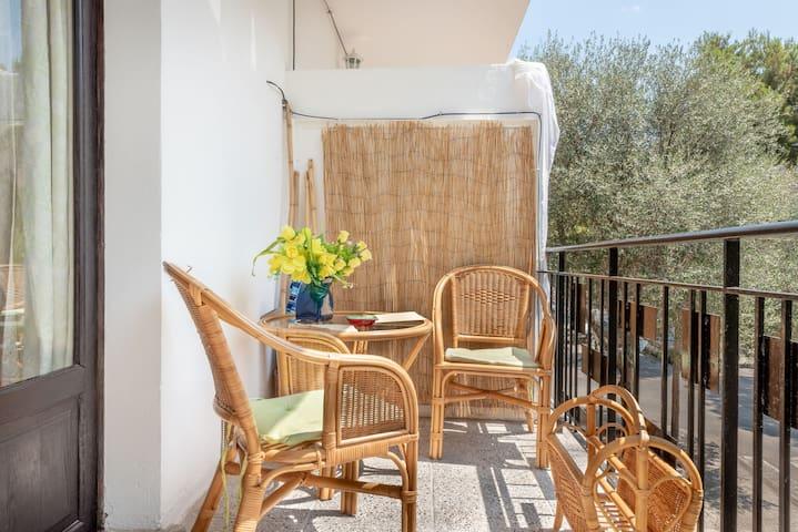 Strandnahes Apartment mit Balkon und WLAN; Haustiere erlaubt