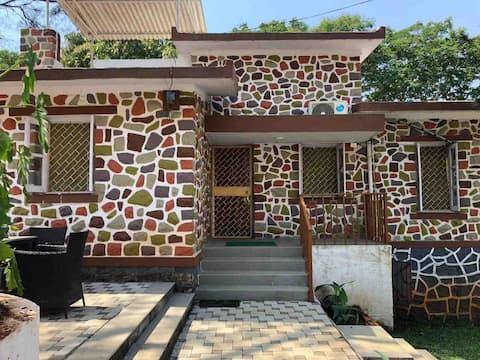 Laisha's Home : A Cozy private pad