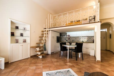 Great Apartment in the Heart of Sorrento - Sorrent - Wohnung