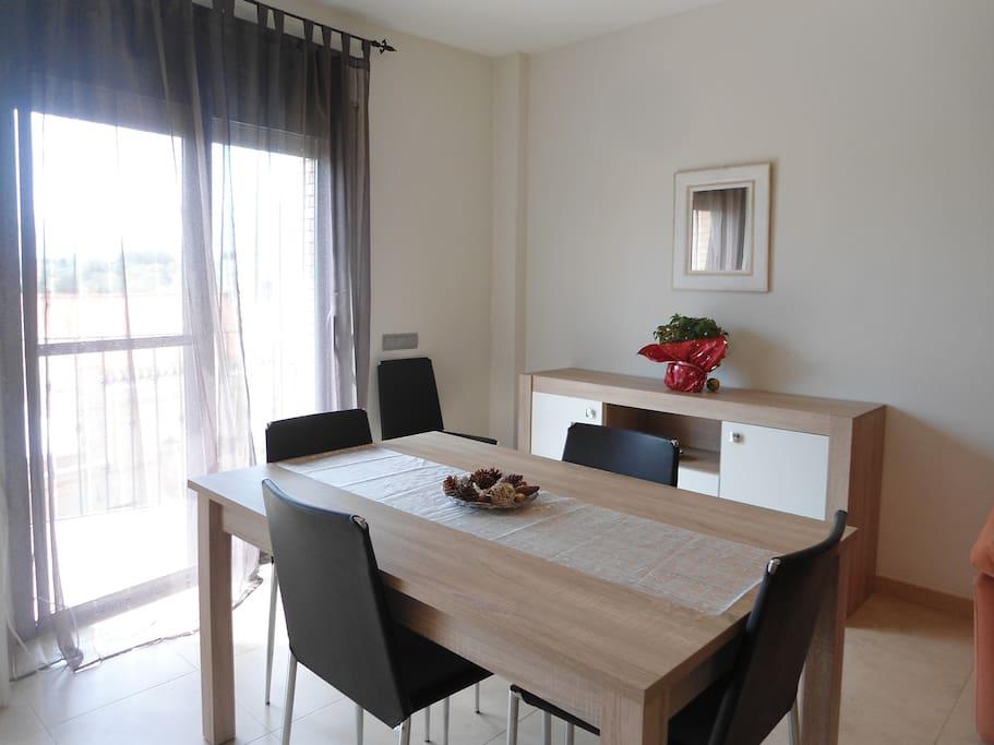 mesa sala estar-comedor