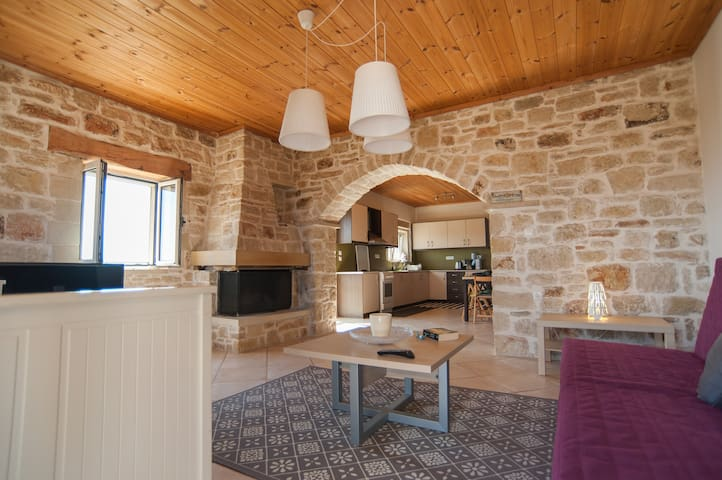 Beautiful Stone Apartment Maria - Aptera - Appartement