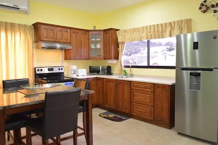 Kiskadee Suite; 2 Bedrooms, St. Clair, POS